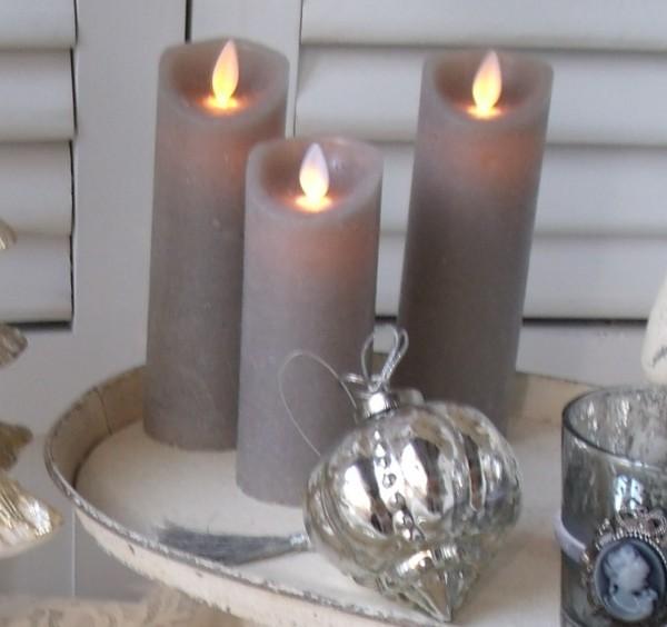 B-Ware Kerzen 2er Set Flackerlicht 2 Größen batteriebetrieben Wachs grau/taupe
