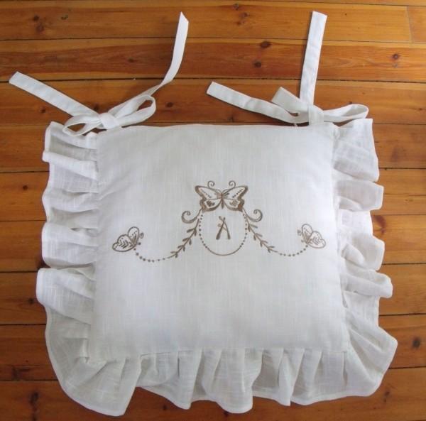 Stuhlkissenbezug BUTTERFLY BRONZE Weiß 42x42 cm Volant Baumwolle
