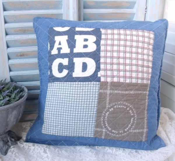 Kissenbezug ABC gesteppt blau natur 50x50cm Einzelstück Baumwolle
