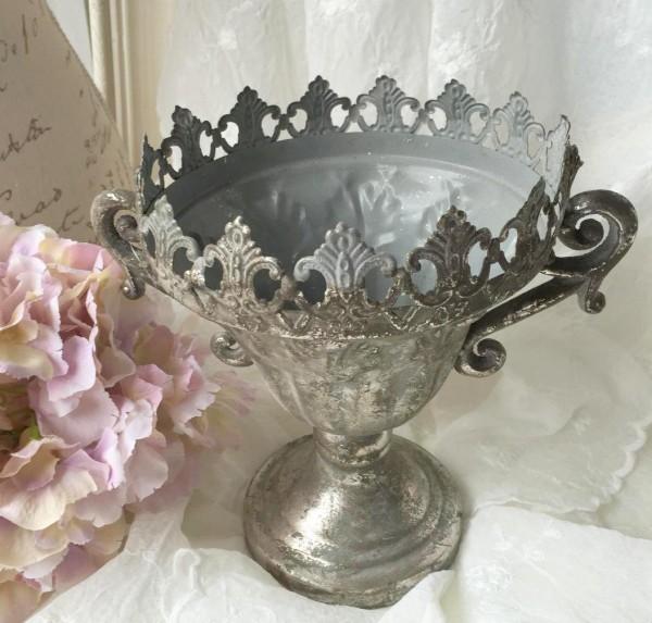 Blumentopf Übertopf LILIE Amphore silber Metall Shabby Vintage Brocante