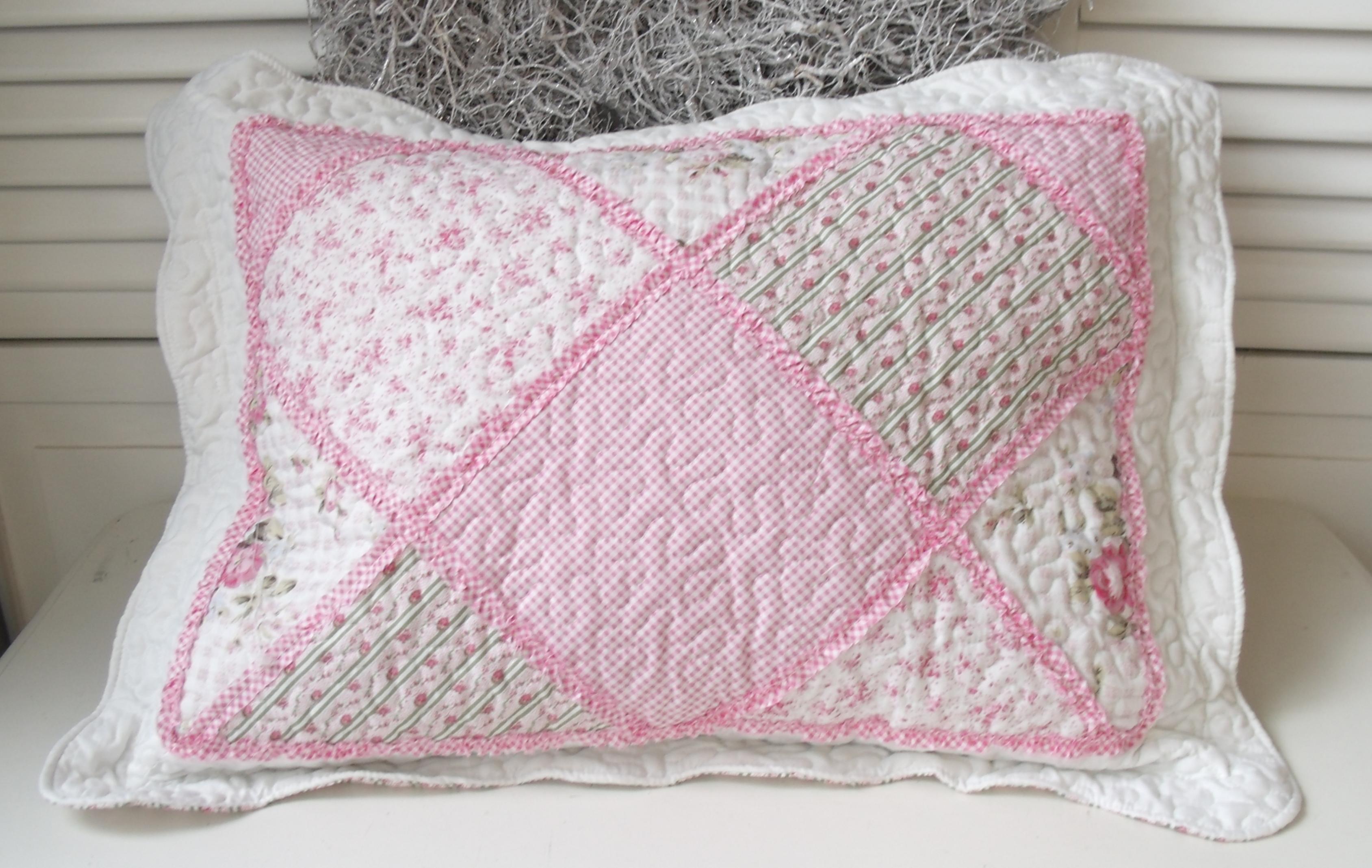 kissen rosie mit inlett 50x70 cm deko blumen floral kissen mit inlett kissen zauberhafter. Black Bedroom Furniture Sets. Home Design Ideas