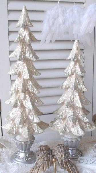 Weihnachtsbaum mit Glimmer 61x22cm champagne Polyresin filigran Nostalgie