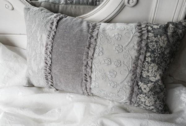 Kissen NOBEL 35x50 mit Inlett Natur Grau Stickerei Edel Rüschen Ramie Polyester