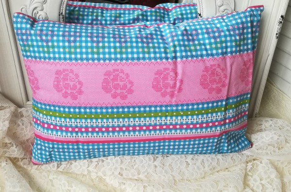Einzelstück Kissen Lili mit Inlett 60x40 cm Karo grün Türkis blau rosa Creme Deko Baumwolle
