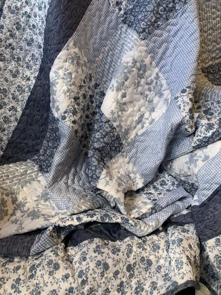 Tagesdecke TINA 260 x 260 Mikrofaser Polyester Weiß Blau Geblümt Doppelbett Ste