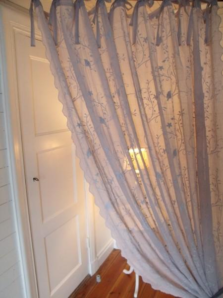 GRAU Gardinen Schal BIRD Bestickt 200x300 cm Shabby Vintage Landhaus Transparent Vorhang