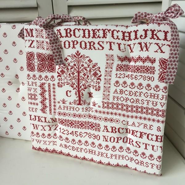 Stuhlkissen LETTERS Weiß Rot 40x40 cm Baumwolle Polyester